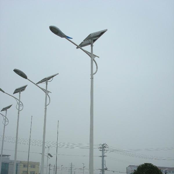 太阳能普通路灯